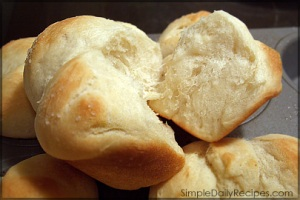 homemade-dinner-rolls21